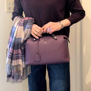 FENDIのバイザウエイ 紫のバッグのコーデ