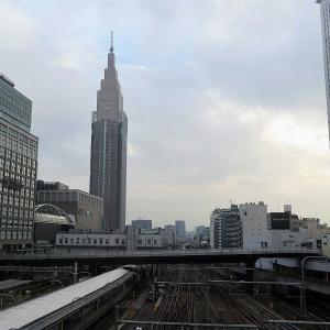 新宿バスタと新宿駅