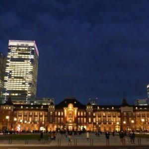 東京駅前広場の光景・パノラマ風(日没前、日没後)
