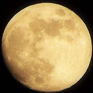月齢12.8 おぼろ月