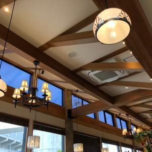 山小屋風カフェで大満足♡