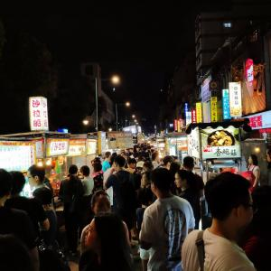 2019年10月台湾・台北旅行(その8)・食べ物充実の寧夏夜市でメシ