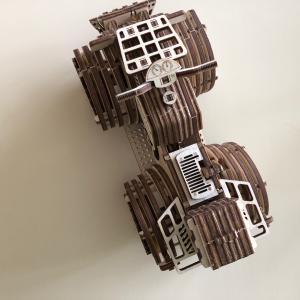 もはや、数えるのをやめた木製模型