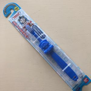 aベビちゃんに歯ブラシ作戦