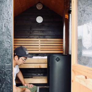 アウトドアサウナ|北海道ムービングインで味わう極上のサウナ旅