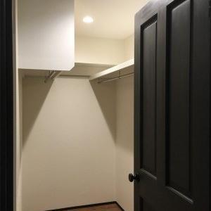 増やさない、造らない、そして減らす。63平米のマンションリノベ収納術
