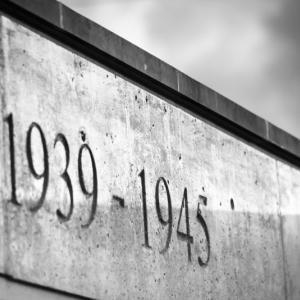 終戦記念日に読むべき一冊。戦後史の正体(孫崎 享・著 )