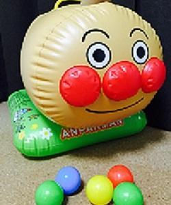 アンパンマン大好き★カラーボールの空気砲と、アンパンマンは力が出ないこともあるのです