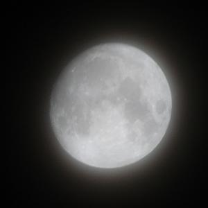 十三夜のお月さま