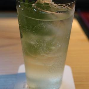 金沢市白菊町「Labo白菊」内「Bar 露草」タレントのMEGUMIさんが女将のバーで食後の「和のカクテル」