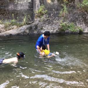 夏休みの思い出づくり〜 川遊び