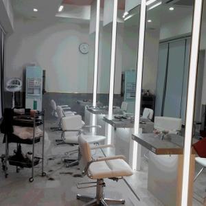 今年最初のカット・・・美容室 マカロン