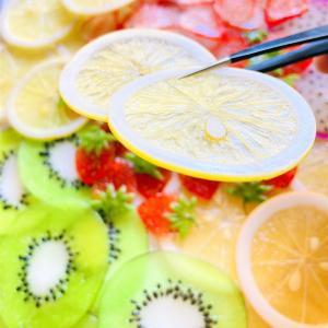 百か日と海老ワンタンと檸檬