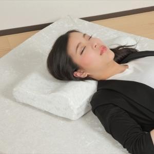 肩こり解消のために 元中日ドラゴンズの山本昌が愛用の「めりーさんの高反発枕」を調べました