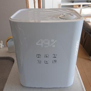 上から給水できる加湿器は、ズボラさんに使って欲しい
