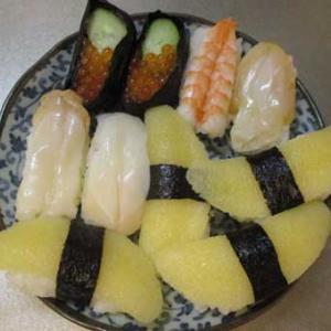 樹海とコトリバコと寿司バイキング