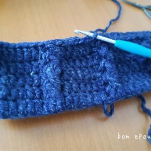 久しぶりに編んだけど、やっぱりいい編み図!5年前の見本の帽子、編み直しています♪