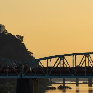 木曽川と城と