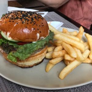 La vie en Roseのハンバーガーやっぱり美味い…そう