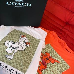コーチとディズニーのコラボTシャツ
