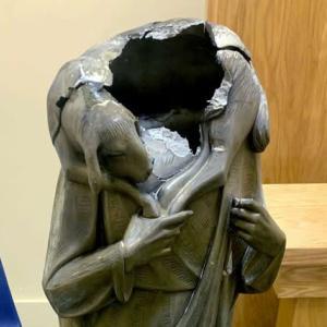 米国で広がる破壊行為、カトリック教会も標的に(WSJ)