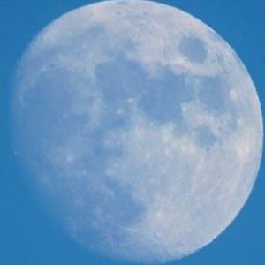 月齢12.7 (ほぼ満月に近し)