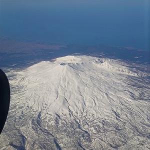 まだ雪残る秋田へ・きりたんぽと名湯めぐりの旅~その1