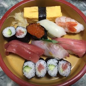 いつもの出前寿司!