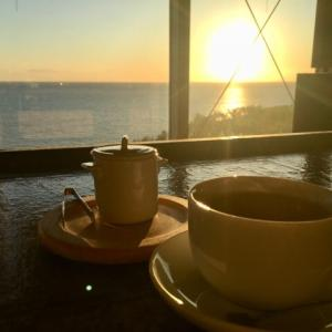 ジョン・レノンが新冠に降臨!夕陽とコーヒーとインディアンな雰囲気!
