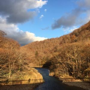奥入瀬はすっかりアートな冬仕度!津軽海峡だって冬景色がもうすぐなお年頃!