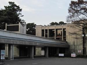 今日、5月14日は、弘前にゆかりの深い建築家、前川國男の誕生日です。