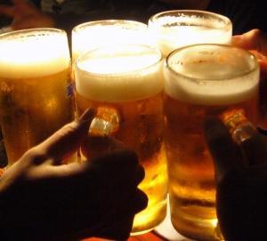 「飲み会」における新型コロナ集団感染事例公表