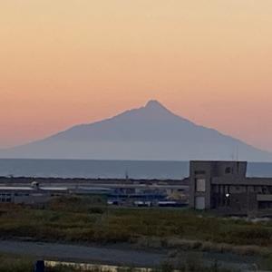 シルバーウィーク3日目④〜遠別で、利尻富士と日本海に沈む夕陽