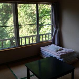 【画像】2700円の宿に泊まったらヤバいところだったwwwwwwwwww