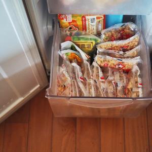 料理苦手の冷凍庫の様子&買い物いろいろ