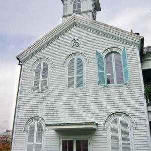 旧出島神学校・貿易館(長崎)