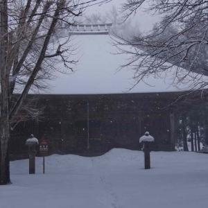勝常寺(しょうじょうじ)大雪の中