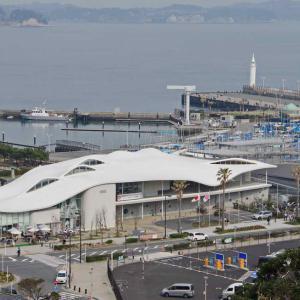 江の島ヨットハーバー(湘南港)