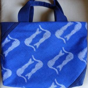 福岡・久留米 かすり布地のバッグ
