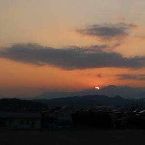 昨日の夕日・・・ お月様~