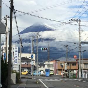 富士山に初雪?