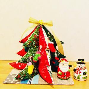 ミニチュアソックス付きクリスマスツリー♪