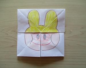 幼児さん向け遊べる折り紙 – パタパタ変わり絵