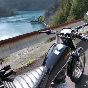 【笹間川ダム ツーリング】やっと出逢えたエメラルドグリーンの湖面