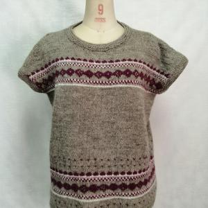 手編み編み込みプルオーバー