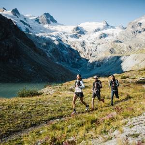 スイス政府観光局との合同プロジェクトでエンガディン地方を走った。ついに公開処刑される。