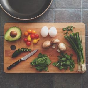 料理スタイルは、ヒラメキとスピード勝負の我が家です。