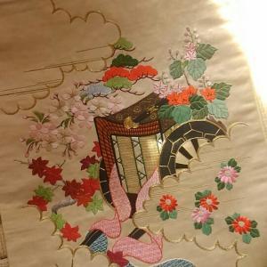 """myコレクションから""""刺繍!刺繍❤御所車と花の刺繍帯"""""""
