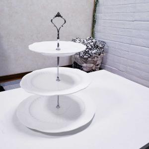 三段ケーキスタンド
