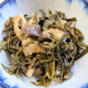 お茶は飲むだけではない!自然栽培茶葉で煮浸し作り
